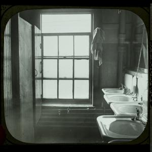Washroom Breakwater_226.jpg