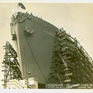 ShipChristeningJanetRoper_06.jpg
