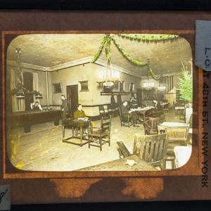 Apprentice Room at Christmas Time_161.jpg