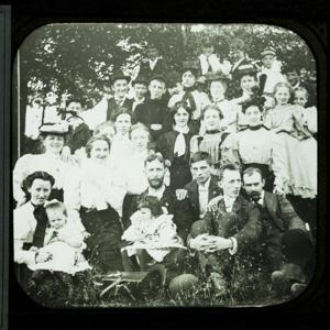 Group Portrait (outdoors) of Men, Women, & Children_187.jpg