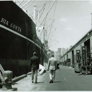 SCIEmployeesVisitingShips_69.jpg